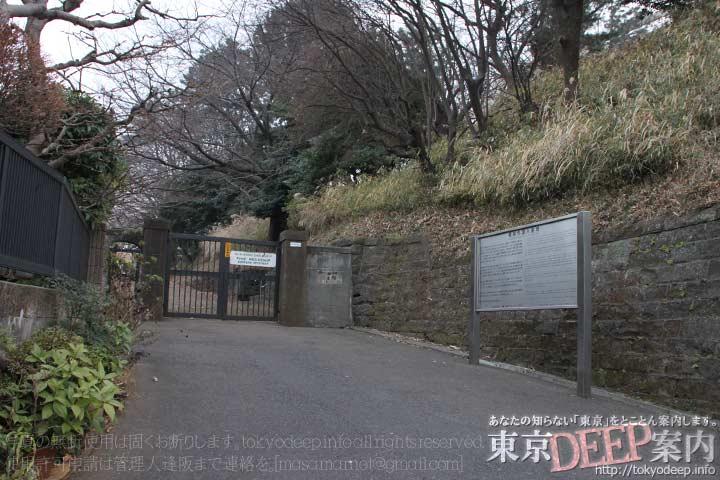 http://tokyodeep.info/img/13-539.jpg