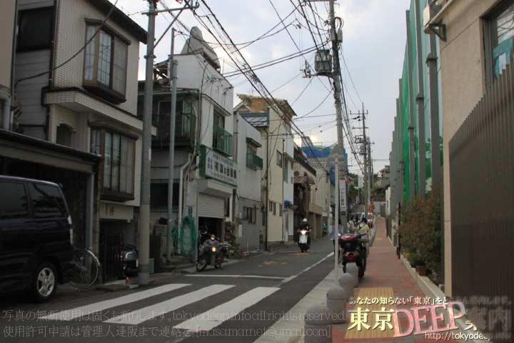 http://tokyodeep.info/img/42-191.jpg