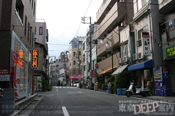 http://tokyodeep.info/img/46-51.jpg